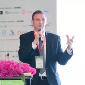 复合材料应用领域泰斗Frank Henning博士出席第八届中国国际新能源汽车论坛,畅谈先进复合材料技术中心
